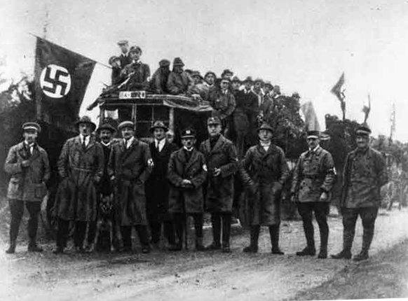 """""""Deutscher Tag"""" mit Adolf Hitler 1922 in Coburg (Oberfranken)"""