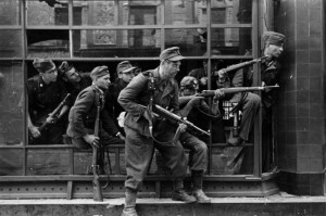 In Dirlewangers SS-Strafbataillon (Bild) musste Stegmann im Osten kämpfen, wo er fiel
