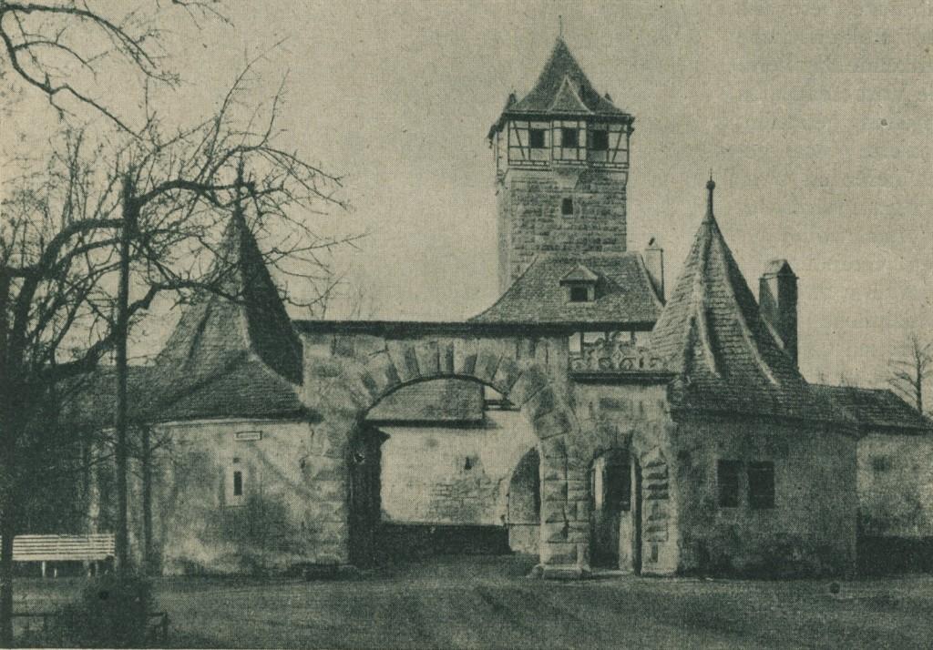 Rödertor mit Bastei bereits wieder aufgebaut