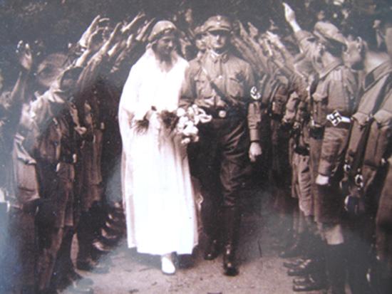 SA-Hochzeit 1932; Fotos: privates Album
