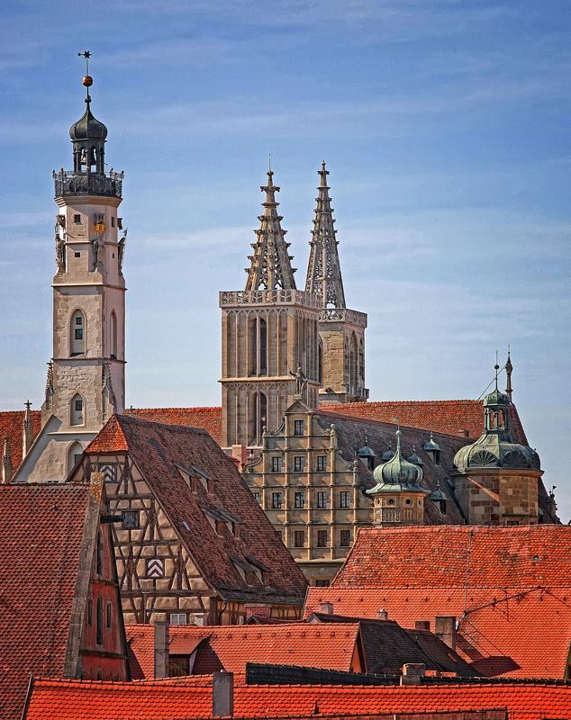 Rathausturm und Jakobskirche heute