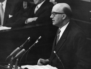FDP-Parlamentarier Ernst Achenbach