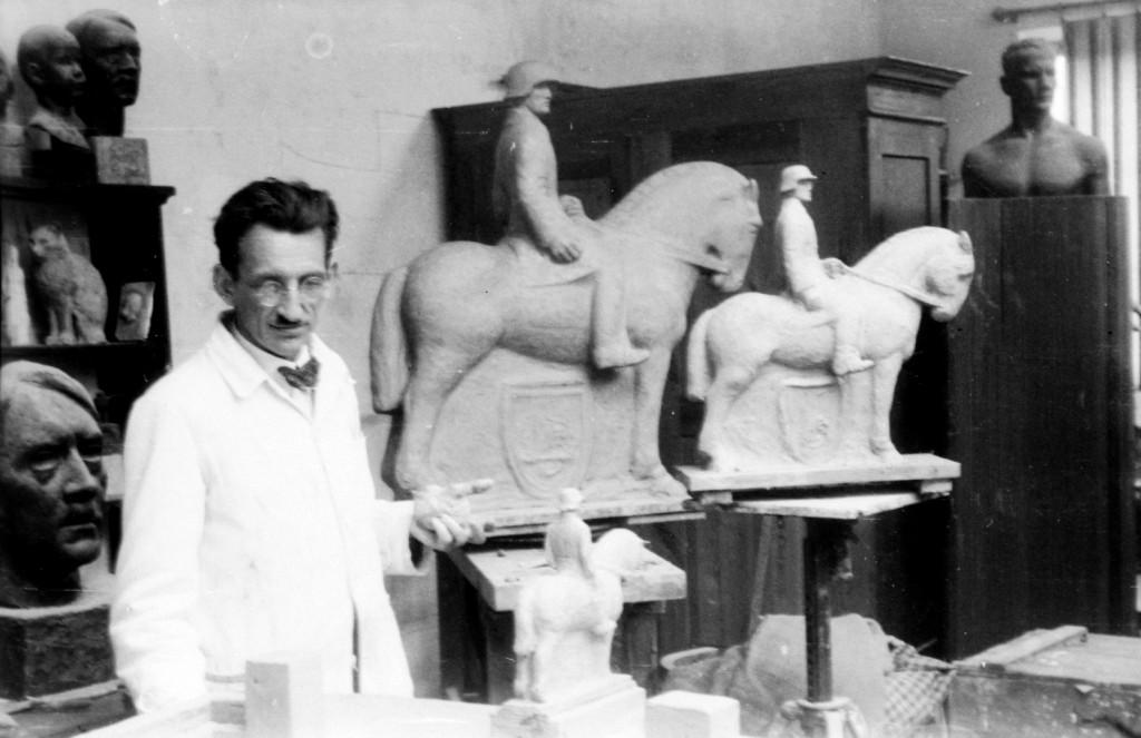 Oertel in seinem Rothenburger Atelier