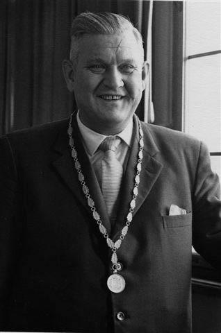 Dr. Erich Lauterbach