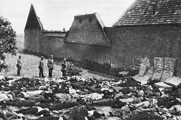 Nicht die SS hat im Juni 1942 in Lidice 183 tschechische Männer ermordet, sondern  ein Füsilierkommando der Polizei aus Halle