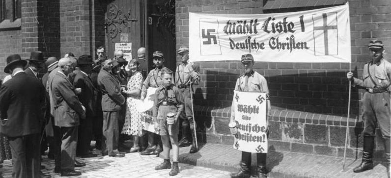 NS-Propaganda-Bild von der Kirchenwahl 1933 in Berlin; Foto: Bundesarchiv