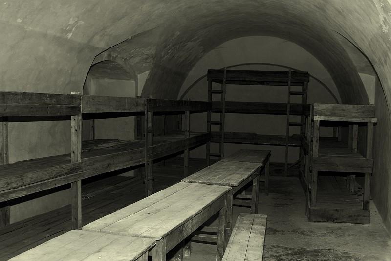 Zelle in einem Gestapo-Gefängnis; Ort unbekannt
