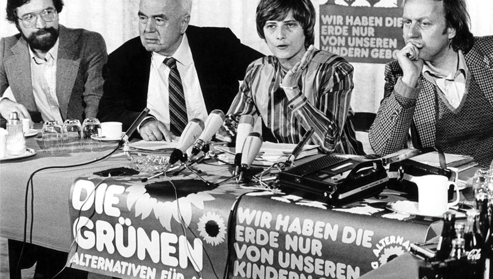 August Haußleiter (2. v. l.) im Vorstand der Gründungs-Grünen