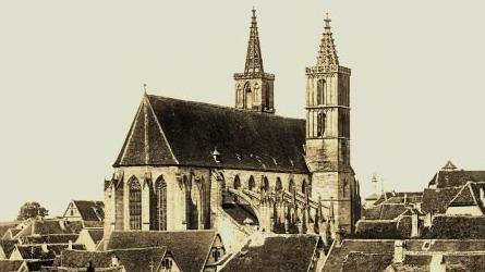 Über den Dächern: Stadtpfarrkirche St. Jakob